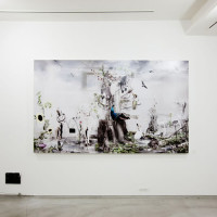 クスミエリカ個展「白の虚像」